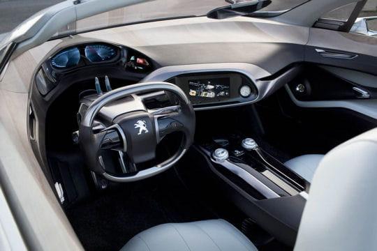 Peugeot SR1 : le coupé sort ses griffes Habitacle-536420