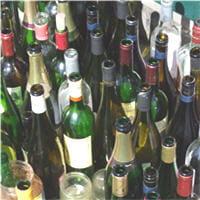 remettez vos bouteilles de verre la consigne 8 astuces pour gagner de l 39 argent en recyclant. Black Bedroom Furniture Sets. Home Design Ideas