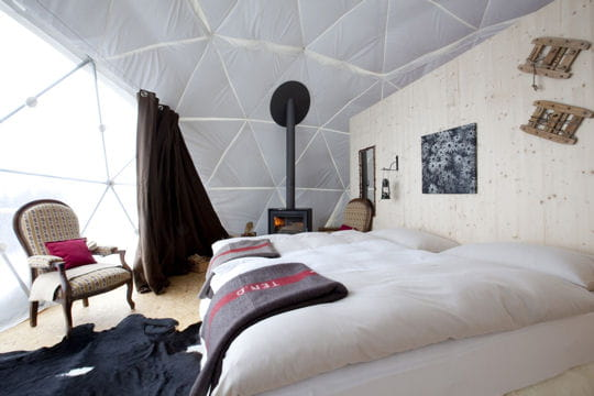Int rieur cosy un igloo moderne pour se ressourcer en for Interieur igloo