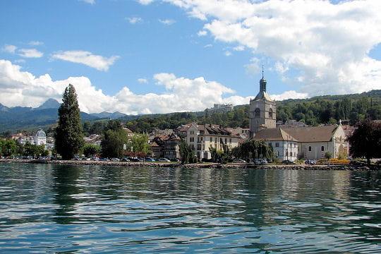 Evian-les-Bains France  city pictures gallery : ... au bord du port de plaisance d evian les bains ravira les promeneurs