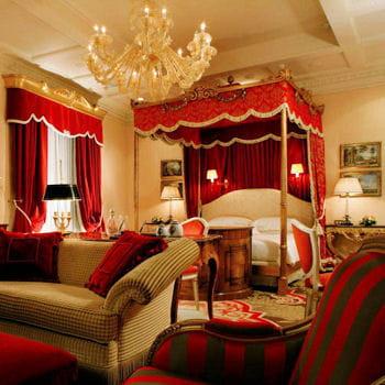 si vous aimez les belles chambres d 39 hotels laquelle. Black Bedroom Furniture Sets. Home Design Ideas