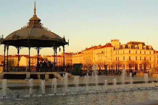 Valence (Валанс) - достопримечательности, путеводитель, Рона-Альпы