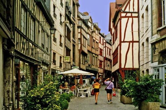 La vieille ville de rouen for Piscine rouen