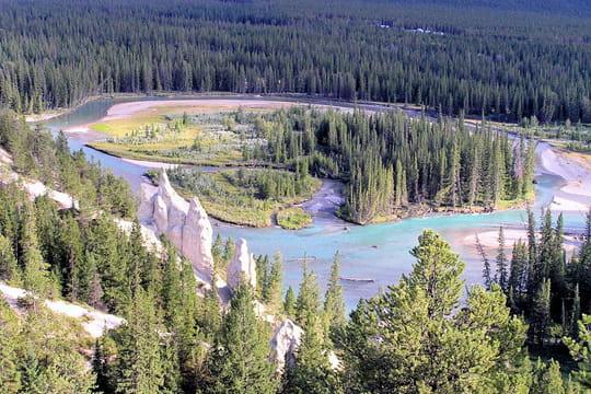 en avant pour un petit voyage(fatigue oblige) Parc-national-banff-569012