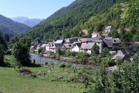 Saint girons la beaut des montagnes de france en 100 for La rotonde saint girons