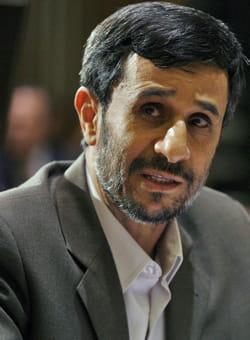 http://www.linternaute.com/actualite/politique/rumeur-chefs-d-etat/image/mahmoud-ahmadinejad-579125.jpg