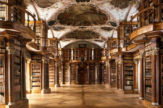 Demande de repaire Bibliotheque-l-abbaye-saint-gall-suisse-582796