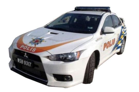 la police militaire suisse roule en 4x4 bmw les voitures de police dans le monde l. Black Bedroom Furniture Sets. Home Design Ideas