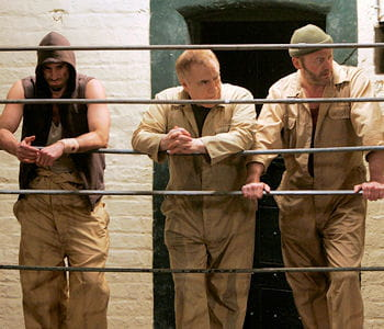 http://www.linternaute.com/cinema/film/la-prison-au-cinema-visite-guidee/image/plans-d-evasion-612856.jpg