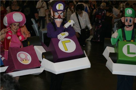 Cosplay au Japon. Le best of!!! - Page 2 623072-l-equipe-de-choc