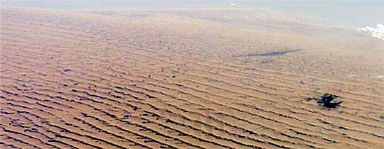 Dunes Titan