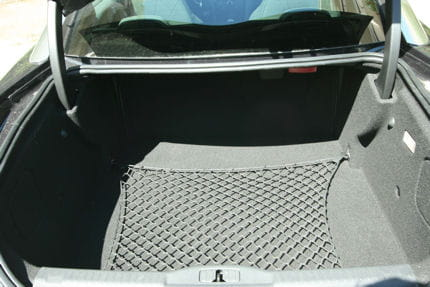 Peugeot RCZ 2.0 HDi : le coupé confort Volume-coffre-rcz-est-tres-bonne-surprise-639761