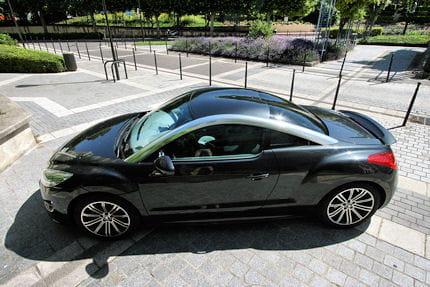 Peugeot RCZ 2.0 HDi : le coupé confort Afin-d-offrir-tenue-route-freinage-sans-reproche-rcz-se-dote-d-equipements-cons-639829
