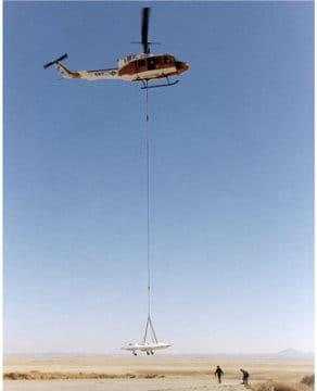 Bell UH-1 et X-36 en 1996