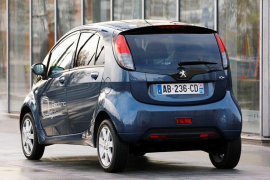 Peugeot iOn : la nouvelle citadine branchée du lion Coffre-642791
