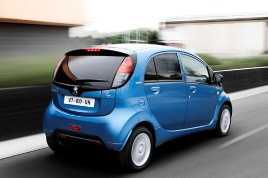 Peugeot iOn : la nouvelle citadine branchée du lion Location-642827