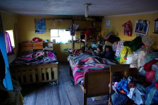 Une nuit de plus chez l 39 habitant un p riple pied for Une chambre chez l habitant