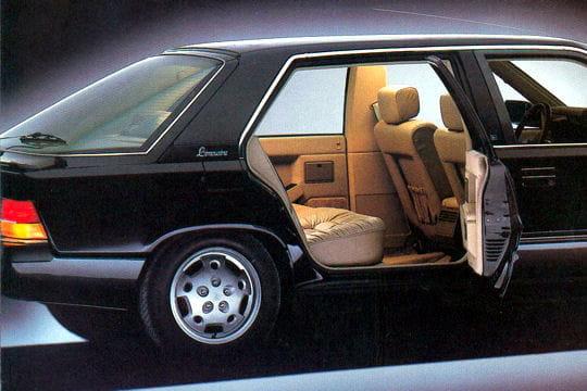 la limousine grand luxe de renault ces voitures fran aises que vous n 39 avez jamais crois es sur. Black Bedroom Furniture Sets. Home Design Ideas