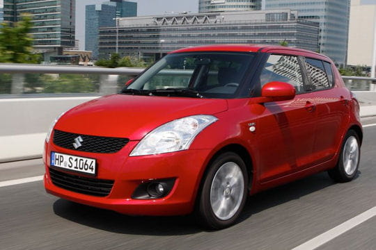 Mondial de l'automobile Swift-649788