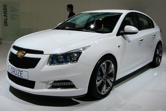 Mondial de l'automobile - Page 2 Chevrolet-cruze-hatchback-656979
