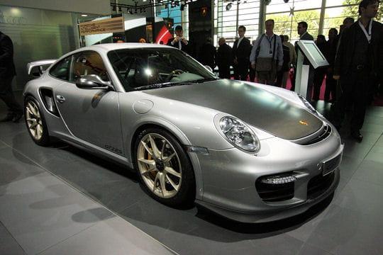 Mondial de l'automobile - Page 2 Porsche-gt2-rs-657053