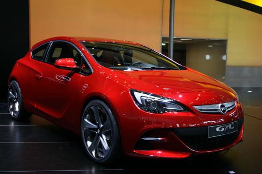 Mondial de l'automobile - Page 2 Opel-astra-gtc-657060