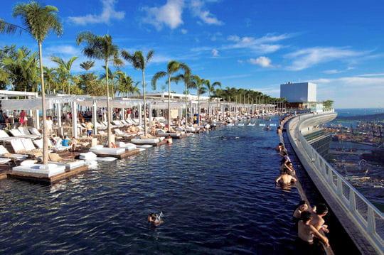 Marina Bay Sand : un hôtel perché dans le ciel - LInternaute ...