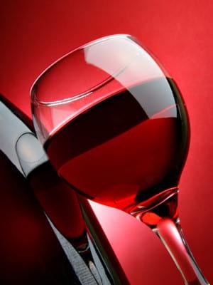 la temp rature de service du vin rouge bien servir le vin linternaute. Black Bedroom Furniture Sets. Home Design Ideas