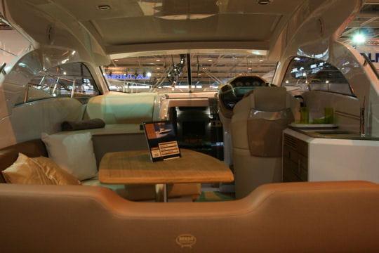 Sessa marine c35 confortable et maniable les nouveaut s 2010 du salon nautique de paris - Nouveautes salon nautique ...