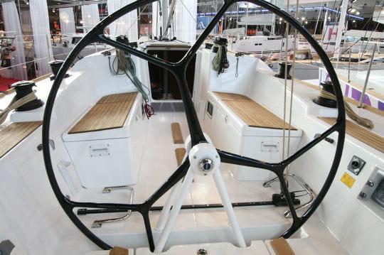 B n teau first 40 les nouveaut s 2010 du salon nautique de paris linternaute - Nouveautes salon nautique ...