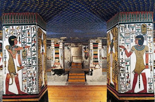 Tombe de nefertari vall e des reines chambre fun raire for Plafond chambre etoile