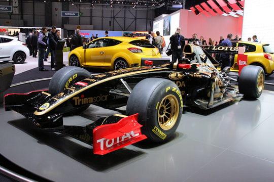 Une formule 1 au salon de gen ve salon de gen ve 2011 for Formule 1 salon de provence