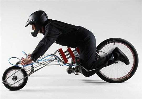 des tournevis lectriques comme moteur de tricycle ces v hicules en avance sur leur temps. Black Bedroom Furniture Sets. Home Design Ideas