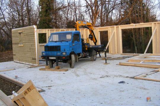 la chaleur et le bien tre du bois construction d 39 une maison en bois dans l 39 ain linternaute. Black Bedroom Furniture Sets. Home Design Ideas