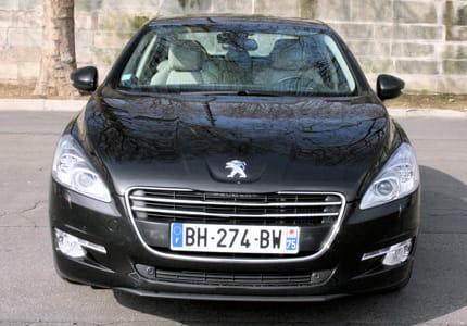 Essai Peugeot 508 2,0 l HDi FAP Féline : cœur de lion La-peugeot-508-voit-sa-calandre-remonter-pr-rapport-a-precedente-generation-857846