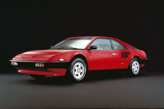 ferrari mondial quattrovalvole la saga ferrari en 46 mod les linternaute. Black Bedroom Furniture Sets. Home Design Ideas