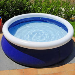 Les piscines gonflables installer une piscine hors sol for Piscine hors sol gonflable