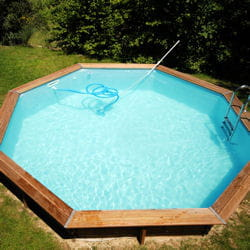 les piscines rigides en kit installer une piscine hors sol linternaute. Black Bedroom Furniture Sets. Home Design Ideas