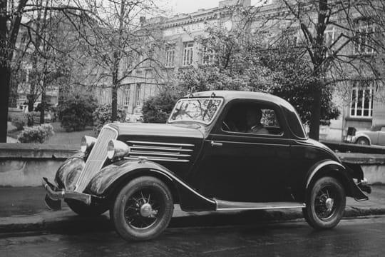 la renault celtaquatre 1934 les nouvelles voitures d 39 antan linternaute. Black Bedroom Furniture Sets. Home Design Ideas