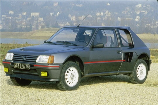 peugeot 205 t16 les voitures qui ont marqu les ann es 1980 linternaute. Black Bedroom Furniture Sets. Home Design Ideas