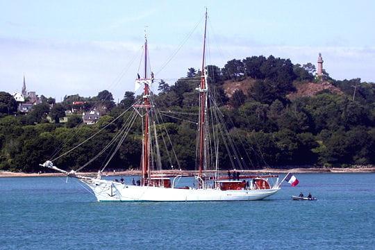 صفقة السفينة الشراعية  di Amerigo Vespucci للبحرية الجزائرية - صفحة 3 Belle-poule-884054