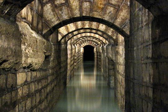 galeries souterraines mystérieuses