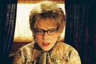 http://www.linternaute.com/cinema/star-cinema/photo/c-est-quoi-ce-look-les-looks-improbables-des-stars-dans-les-films/image/didier-bourdon-mars-cinema-stars-949300.jpg