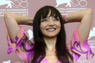 http://www.linternaute.com/cinema/star-cinema/un-festival-de-rire-a-venise/image/maria-de-meseiros-cinema-stars-974450.jpg